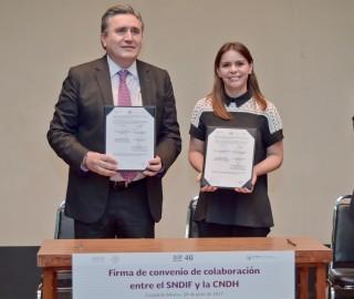 DIF Nacional y la CNDH firman convenio de colaboración